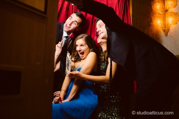 photo-booth-props-and-silly-pictures