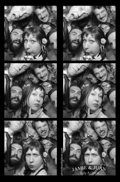 Big Crowd in the photo booth rental at Mystic Connecticut wedding.