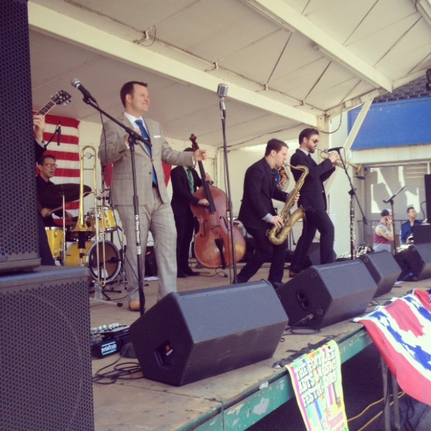 Vintage band playing next to our vintage photo booth - nice work Double Down Swing!