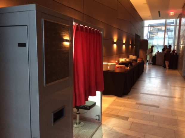 Traditional Photo Booth Rental in NYC | Photobooth Planet