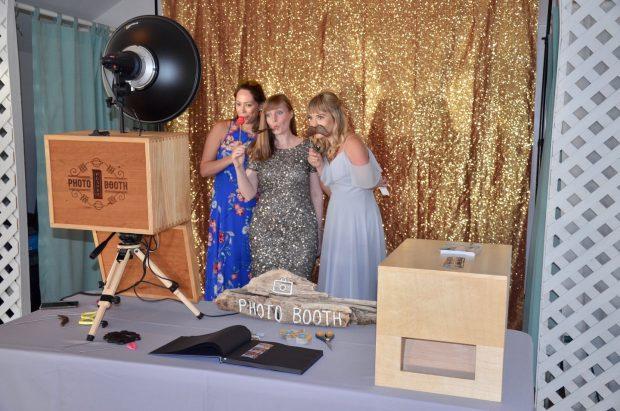 MA Photo Booth Rental Service, Massachusetts Weddings & Parties